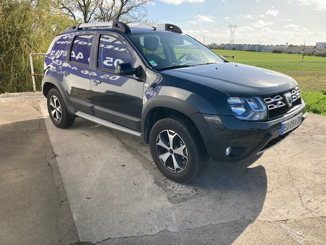 Photo 3 de l'offre de DACIA Duster Outdoor TCe 120 cv à 12500€ chez Lezeau automobiles